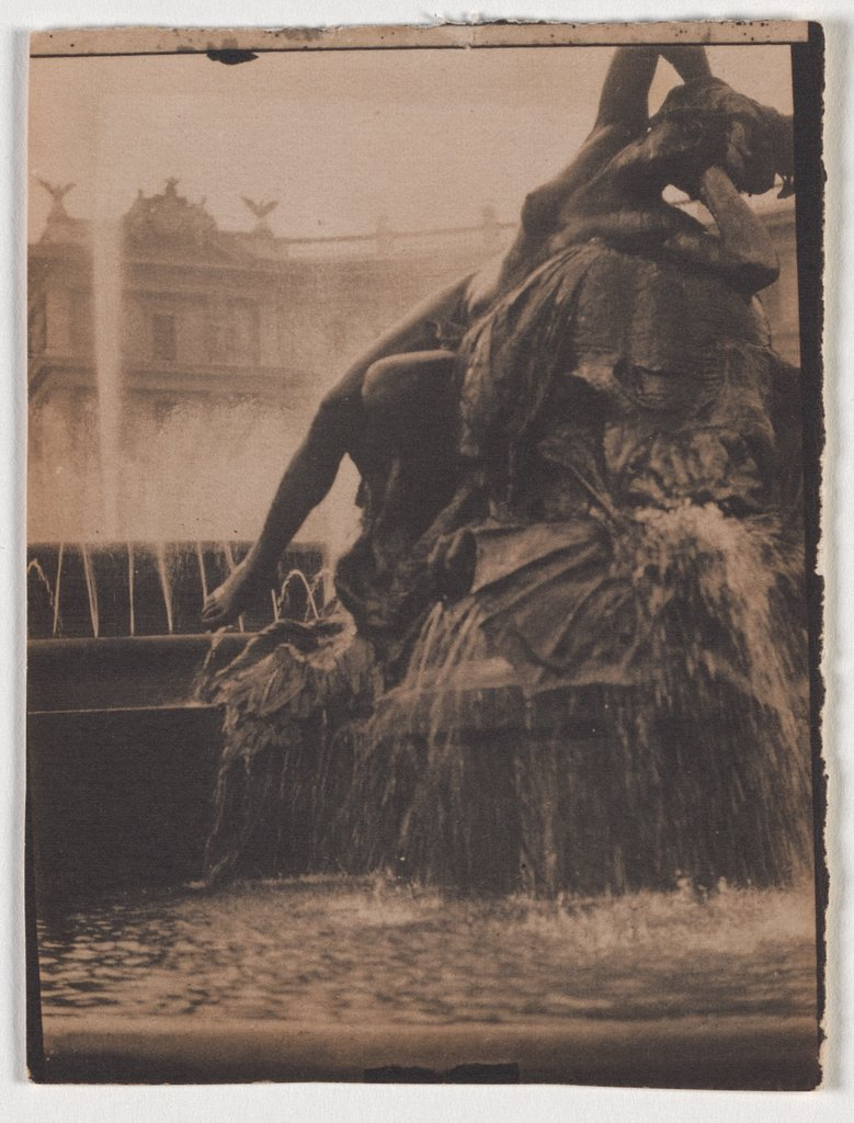 Figurative Fountain on a Square, Adolphe de Meyer