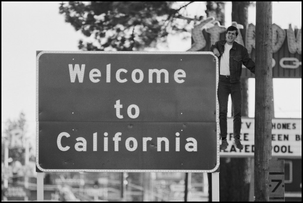 State Border at Lake Tahoe, Dennis Stock