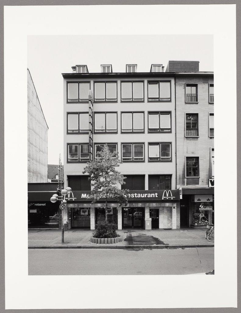 Krefeld, Rheinstraße 94 - Digitale Sammlung
